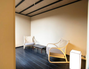 京都市南区 坪庭のある新築和風建築ゲストハウス